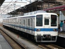 8000系@栃木駅